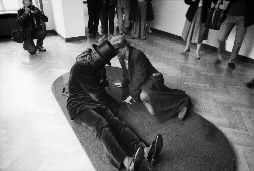 """Both"" - James Lee Byars und Joseph Beuys (2)"